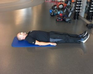 Exercises for a Stronger Core Reverse Crunches Step 1